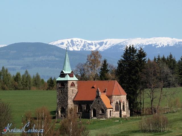 o26417-2-Kostel-Borovnicka.jpg